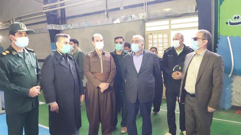 بیش از صد نفر در کارگاه تولید ماسک جوانرود مشغول به کار هستند
