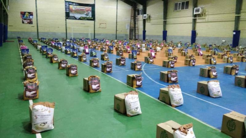 ۴۰۰ بسته معیشتی کمکهای مومنانه در پاوه توزیع شد