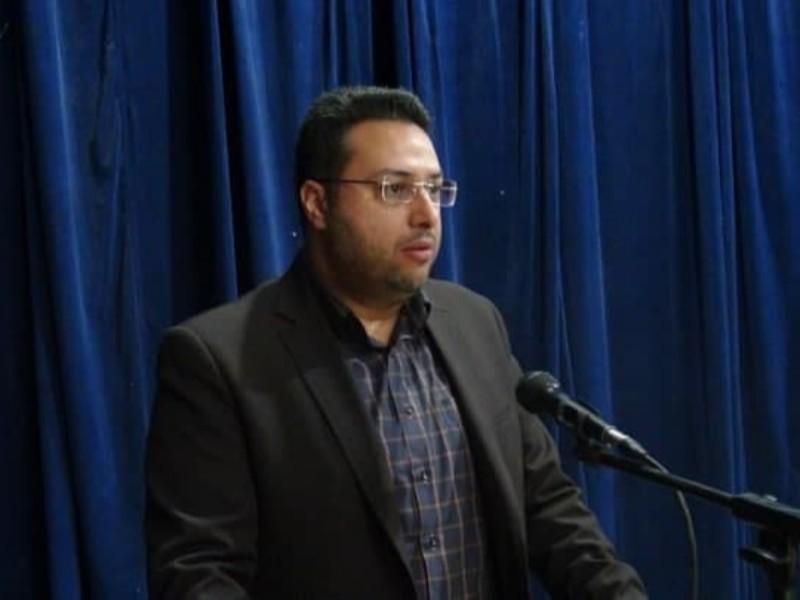 کاندیداها؛ برنامه هایشان را از طریق شبکه های مجازی ارائه دهند/تمامی جبهه استکبار در پی مایوس نمودن مردم ایران هستند