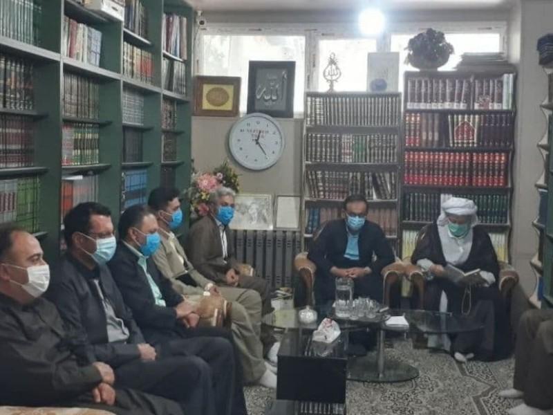 دیدار شهردار و جمعی از کارشناسان شهرداری با امام جمعه محترم  پاوه