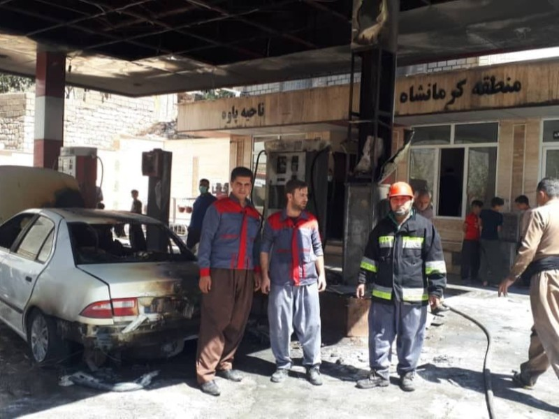 نشت بنزین خودرو، جایگاه سوخت را در پاوه به آتش کشید